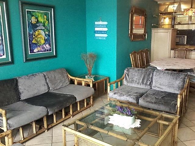 Unit 40 Lounge