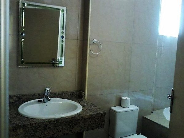 Unit 43 Bathroom