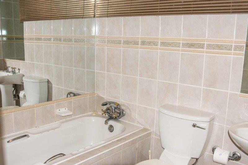 Unit 16 Bathroom