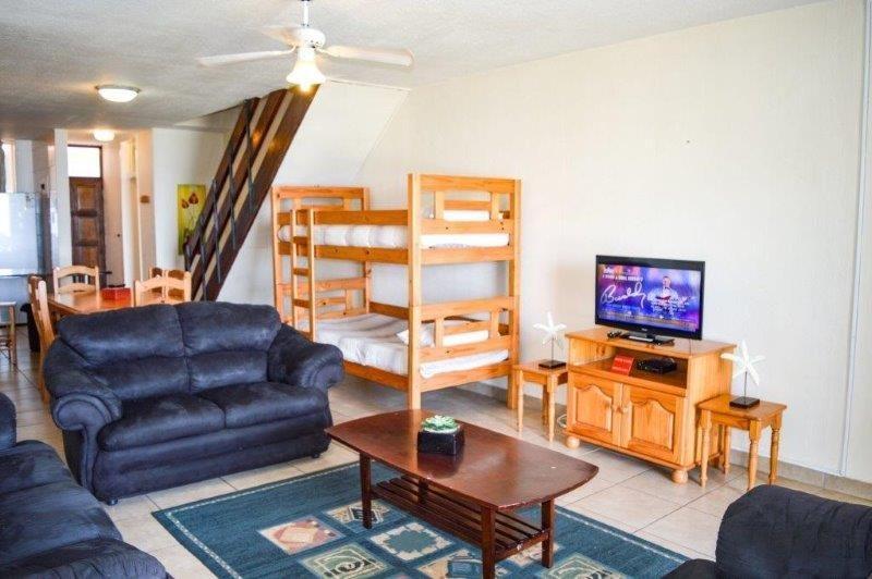 Unit 22 – Lounge Area