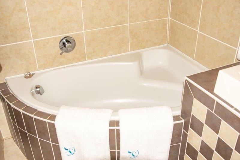 Unit 50 Bathroom 2