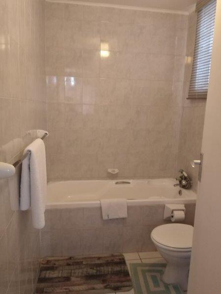 Unit 51 Bathroom